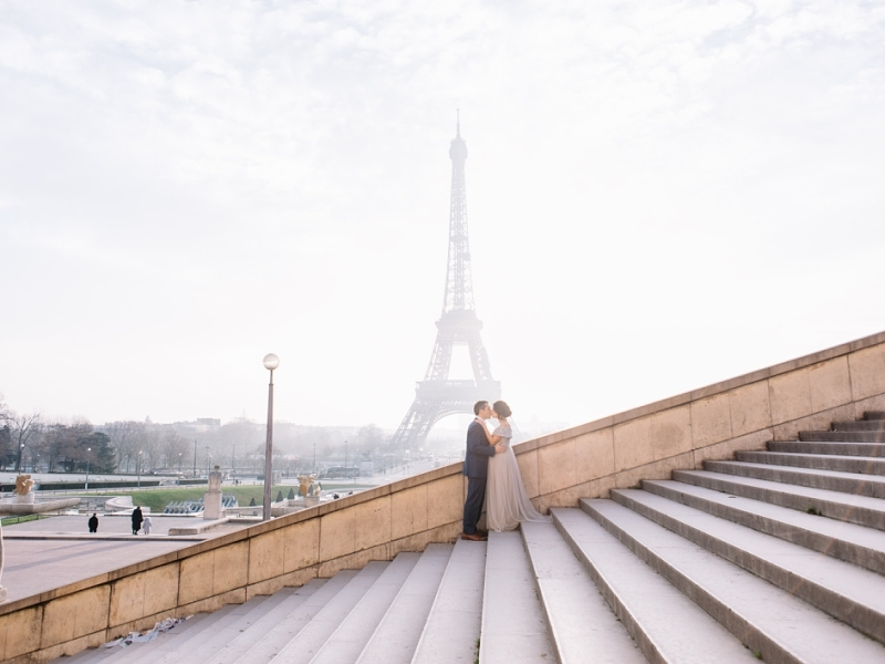 Maternity session in Paris
