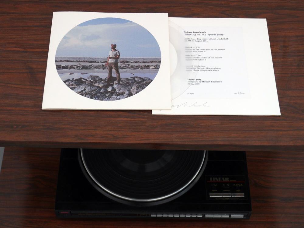Lukasz Jastrubczak,  Walking on the Spiral Jetty , 2014/15. Field recording, side A 4'39'', side B 7'06''.