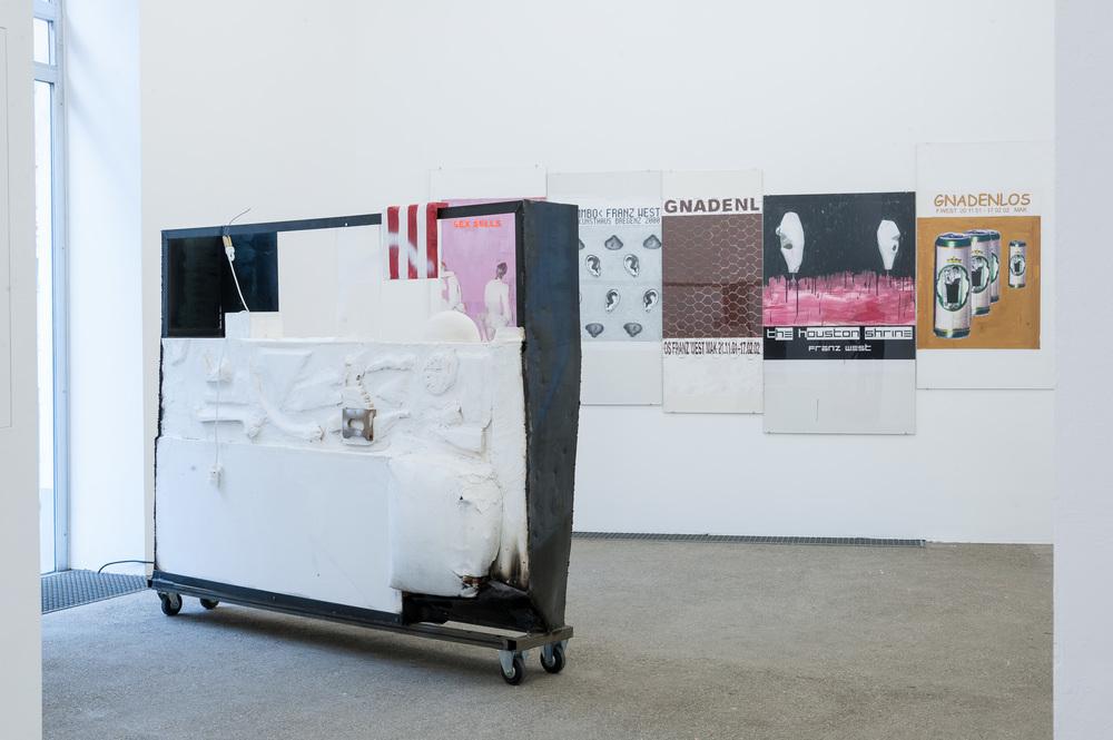 Galerie Elisabeth & Klaus Thoman_Ausstellungsansicht_curated by_Veit Loers RETRO STORE_2015_Wien_Foto (c) Galerie Elisabeth & Klaus Thoman_Michael Kofler_04.jpg