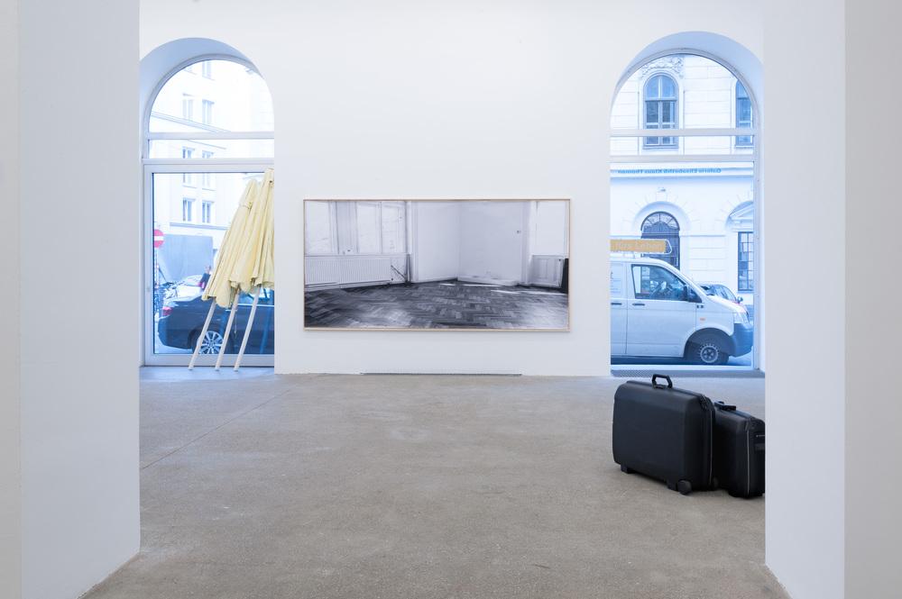Galerie Elisabeth & Klaus Thoman_Ausstellungsansicht_curated by_Veit Loers RETRO STORE_2015_Wien_Foto (c) Galerie Elisabeth & Klaus Thoman_Michael Kofler_07.jpg