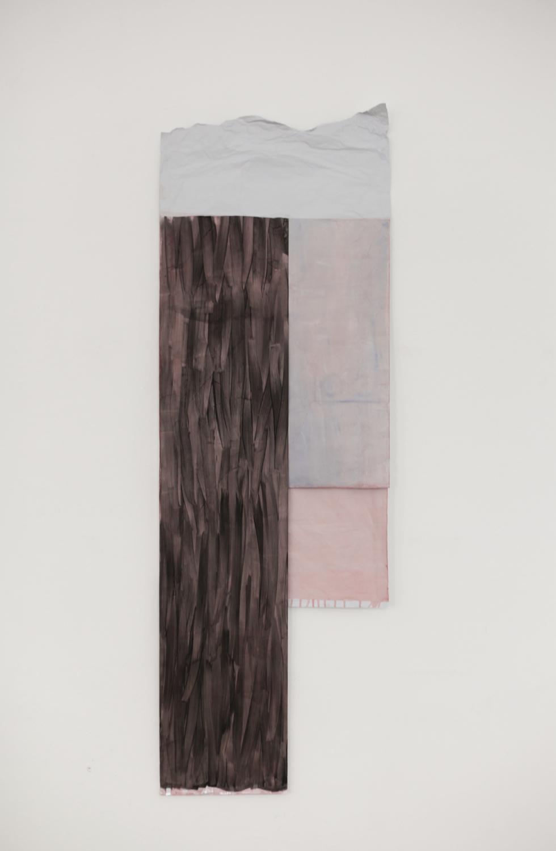 ANNE SCHNEIDER, Ohne Titel, 2015, Metallfolie, Öl. Acryl, Tempera, 150 x 51 cm, Courtesy: Galerie Christine König