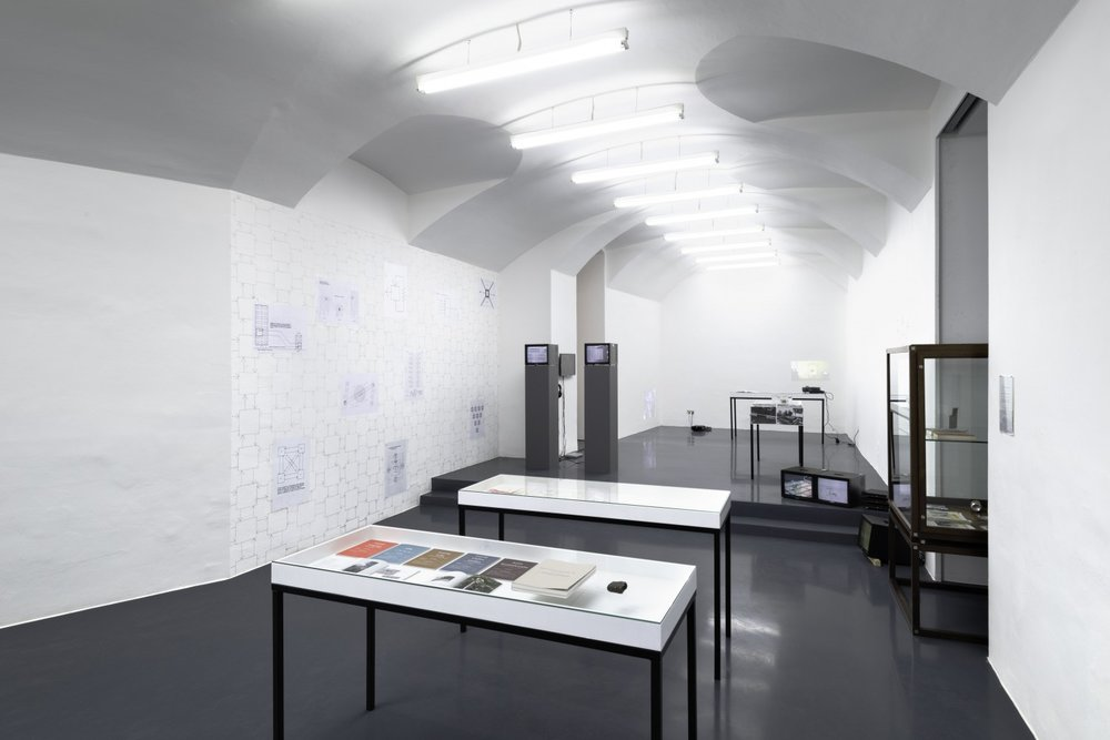 """Annexes: books, editions & vitrines and a new presentation of """"Berlin Local"""", curated by Catherine Chevalier & Benjamin Hirte, Installation View, Galerie Emanuel Layr, 2015, Courtesy: Galerie Emanuel Layr"""