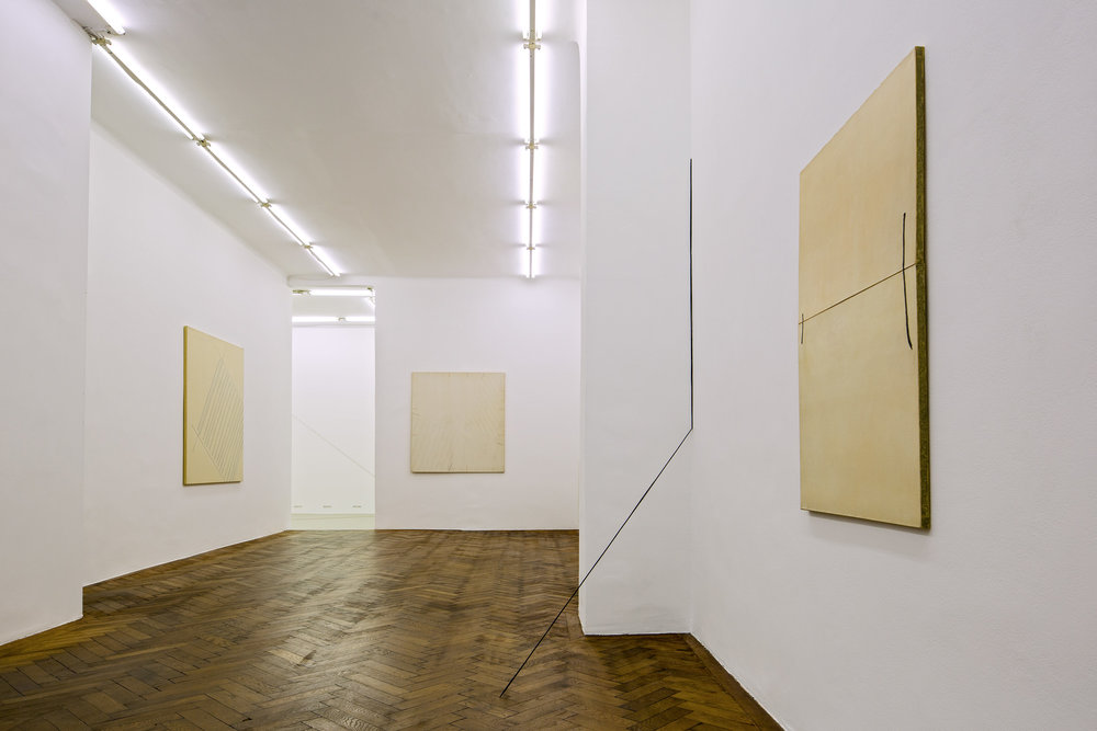 Exhibition View, Galerie Hubert Winter, curated by_Yve-Alain Bois, 2013, Photo: Klaus Vyhnalek