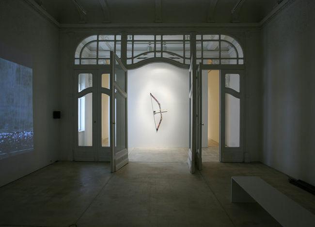 Exhibition View, Galerie Krinzinger, Zwischenlager, curated by_René Block, 2011, Photo: Galerie Krinzinger
