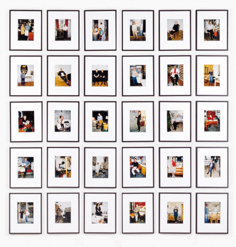CHRISTIAN PHILIPP MÜLLER  EINE WELT FÜR SICH, 1999 Set of 30 photographs / 30-teilige Fotoserie, each / je 30 x 24 cm Courtesy Georg Kargl Fine Arts, Vienna / Wien