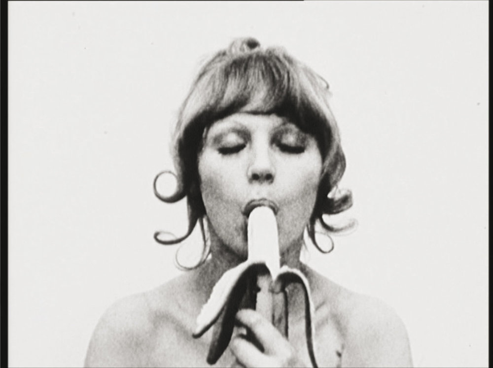 NATALIA LL  CONSUMER-ART / SZTUKA KONSUMPCYJNA, 1972–1974 16mm Film, S/W, no sound, 7:37 min  © Kontakt. The Art Collection of Erste Group and ERSTE Foundation