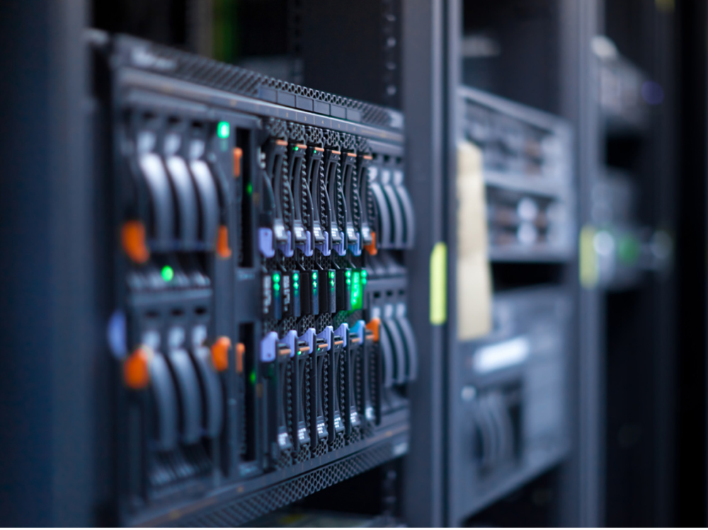 SERVERS & NETWORKS* - HARDWARE INSTALLATION- Installation- CommissioningHARDWARE MAINTENANCE- Swap-out options- 4Hr/8Hr/Next Day responseRELOCATION & DE-INSTALLATION- Mainframes- Storage arrays- Call centres- Head offices