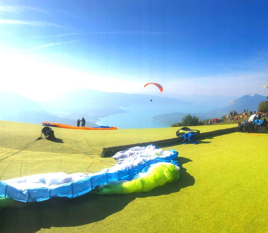 ALL TO LOVE'S YOGA, HIKING & PARAGLIDING RETREAT - 19-23 JUNE 2019