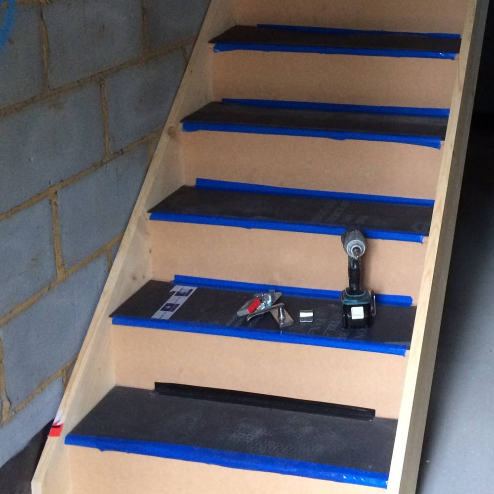 Staircase 002.JPG