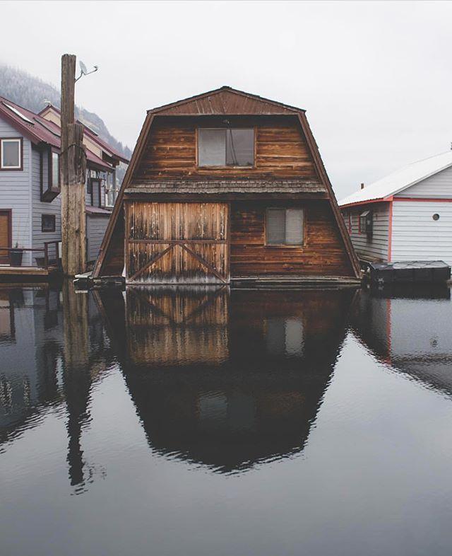 Life on the water. Photo by @davidavery_ #pnwonderland
