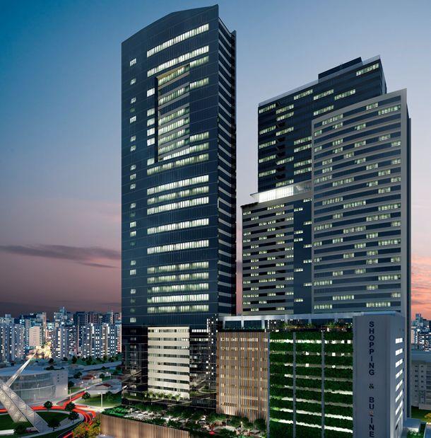 O empreendimento misto é composto por uma torre corporativa, uma torre office-hotel, um centro de convenções, pavimentos de shopping e estacionamento
