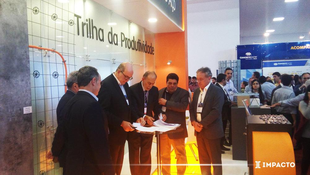 Joaquim Caracas com CEO Jefferson de Paula e representantes da ArcelorMittal juntamente com o Secretário da Ciência, Tecnologia e Educação Superior do Estado do Ceará Inácio Arruda.