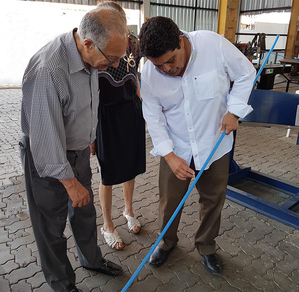 Dr. Bijan O. Aalami ao lado do Eng. Joaquim Caracas.