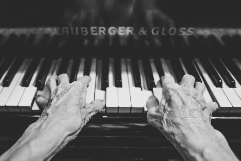 piano jazz.jpeg