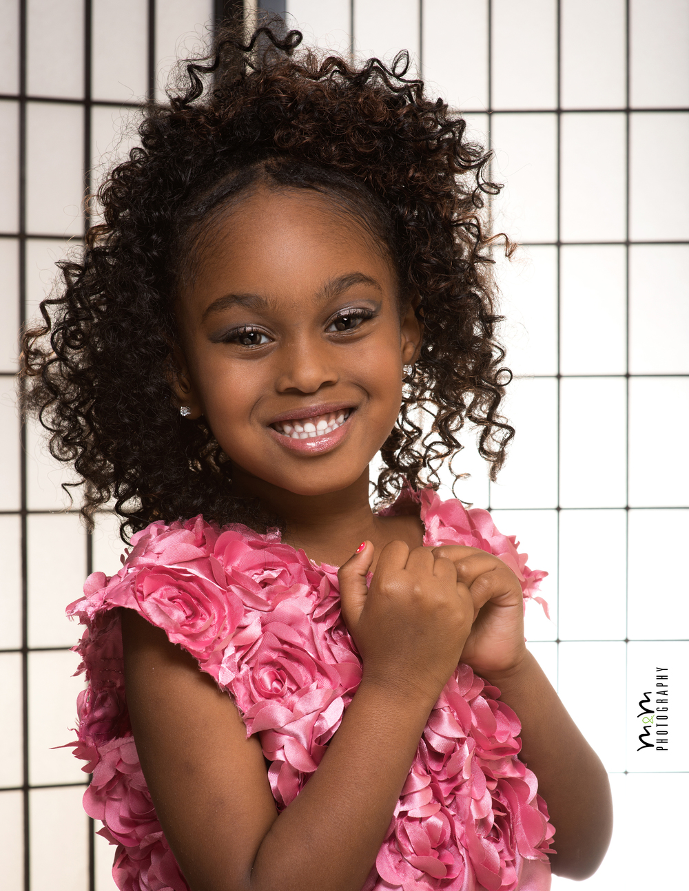 "Jeriah Chapman age 5, ""Building my Empire, while living my dream!"" this little model, loves being apart of this industry, help continue to make her dreams come true by making a donation today!  See more of Jeriah in EBM ""#BeautifulChaos""  & OFM ""For the industry, by the industry, in the industry"" Runway Mania. Back issue January 2016 ...Image Courtesy by M&M Photography"