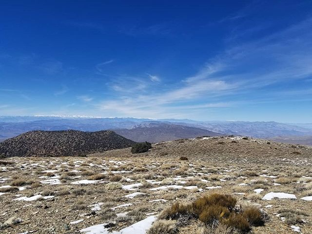 Oh hi mt Whitney . . . . #hike #camping #backcountry #outdoors  #adventure #explore #wilderness #lightenup #exploremore #ultralightbackpacking #camp #lifeofadventure #greatoutdoors #neverstopexploring #takelessdomore #seekthetrails #wildernessculture #optoutside #getoutside #exploreeverything #nature #everytrailconnects #backpacking #ultralight