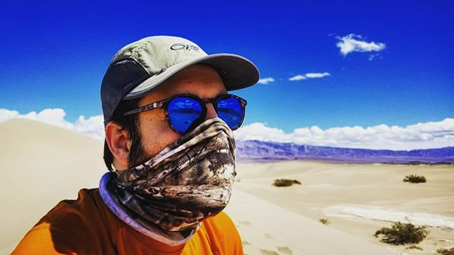 Desert ninja . . . . #hike #camping #backcountry #outdoors  #adventure #explore #wilderness #lightenup #exploremore #ultralightbackpacking #camp #lifeofadventure #greatoutdoors #neverstopexploring #takelessdomore #seekthetrails #wildernessculture #optoutside #getoutside #exploreeverything #nature #everytrailconnects #backpacking #ultralight