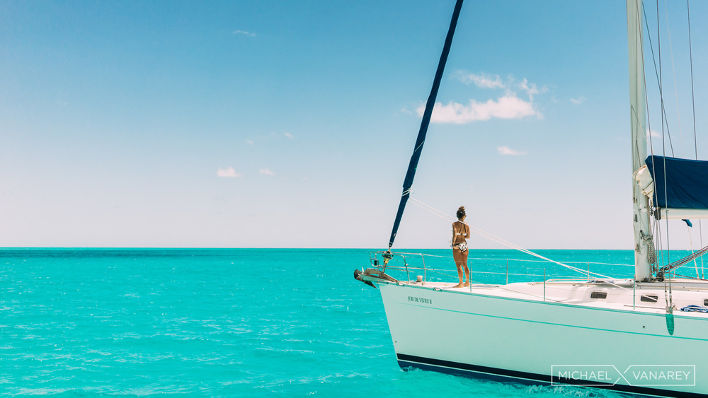 Simplicity_on_a_boat