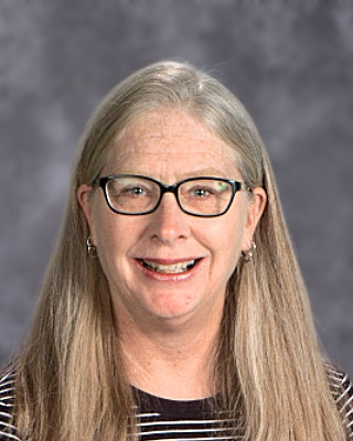 Linda Fitts K-8 Technology B.S. in Recreation and Park Administration Murray State University M.A. in Teaching Bellarmine University lfitts@walden-school.org
