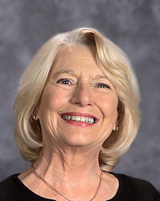 Barbara Koch Kindergarten B.S. in Elementary Education Western Kentucky University Fifth Year Masters EquivalencyProgram University of Louisville bkoch@walden-school.org