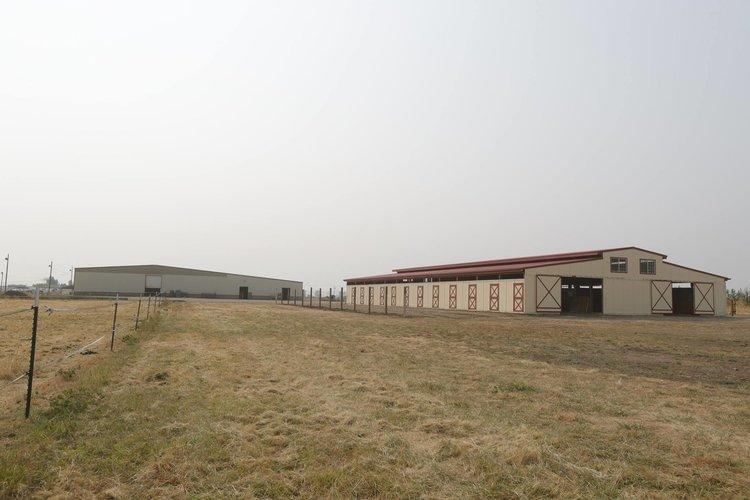 Boarding — The Oregon Horse Center