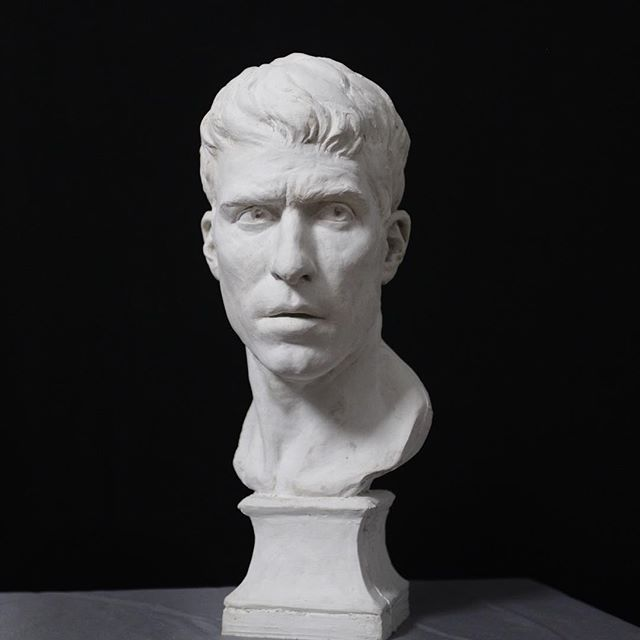 My recent life sized self portrait fresh out of the waste mold. I have some chasing the plaster to do and will do a patina to darken it up but I was surprised when I saw it in plaster that I actually kind of liked it like this. Maybe I'll just seal it and call it a day!  #sculptor #sculpteur #bust #busto #buste #portraitbuste #portraitbust #portraitstudy #portrait #clay #sculpt #sculpture #sculture #fineart #classicalart #classicalrealism #contemporaryrealism #contemporarysculpture #figuresculpture #figurativeart #academicart  #figurative #sculpting #process #sculptureoftheday #paris #fromlife #sculpturestudio #selfportrait #portraitsculpture