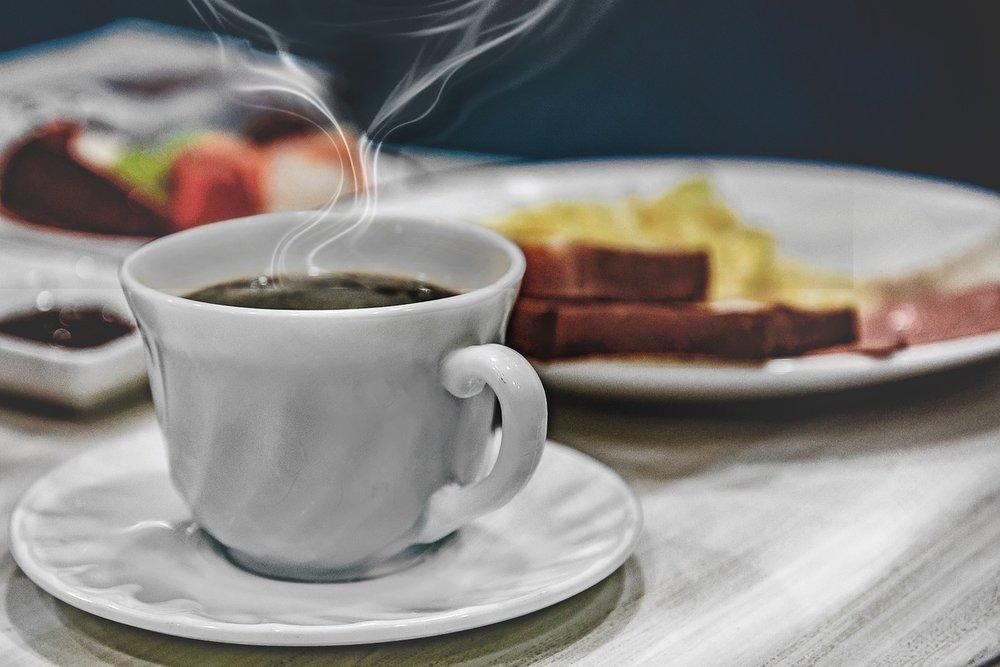 breakfast-3946886_1280.jpg
