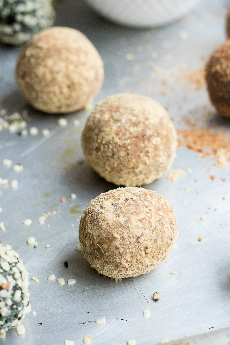3 easy and quick superfood raw balls mesquite
