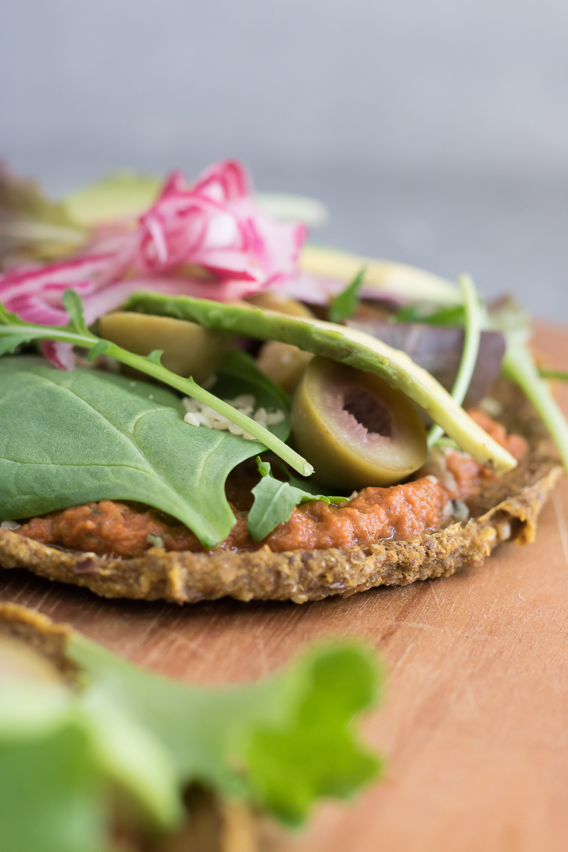 Raw sweet potato flatbread crust