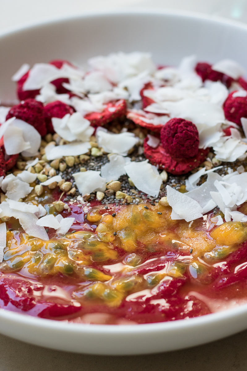 Beet strawberry smoothie bowl