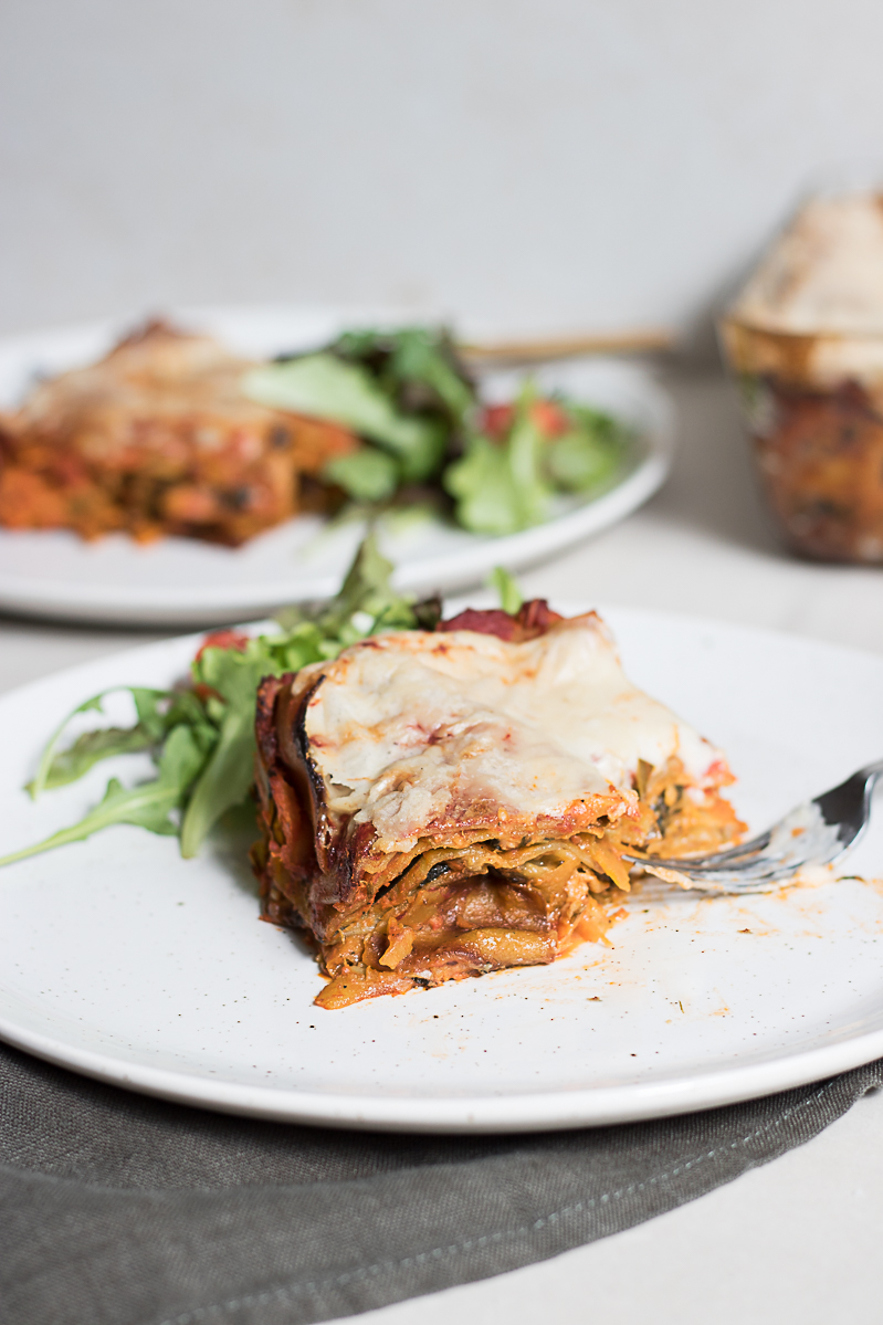 Super simple tomato lasagna with aubergine