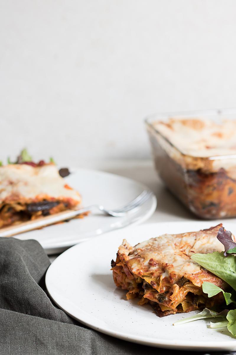 Superenkel vegansk lasagne med tomat och aubergine