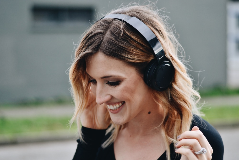 All smiles when your headphones are beautiful!