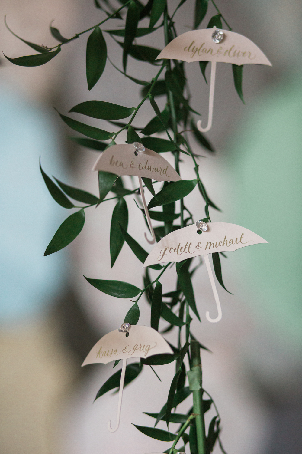 Bella Umbrella | Vintage Umbrella Rentals | Alante Photography | Seattle Wedding Planning