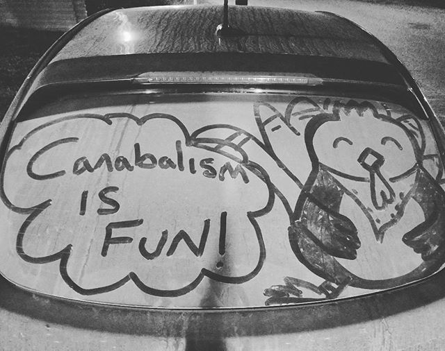 Dust doodle on my friends car. #thanksgiving #artist #doodle #dustdoodle #turkey #art #lol #cartoon #canabalism
