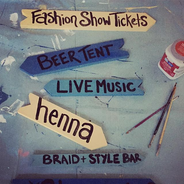 #RocCityGetsCreative painting the directional sign for #ROCella! That's right, there will be #henna #livemusic a #beertent and a #braid & style bar - get ready #rochester 9/26 @collegetownrochester 12-5pm