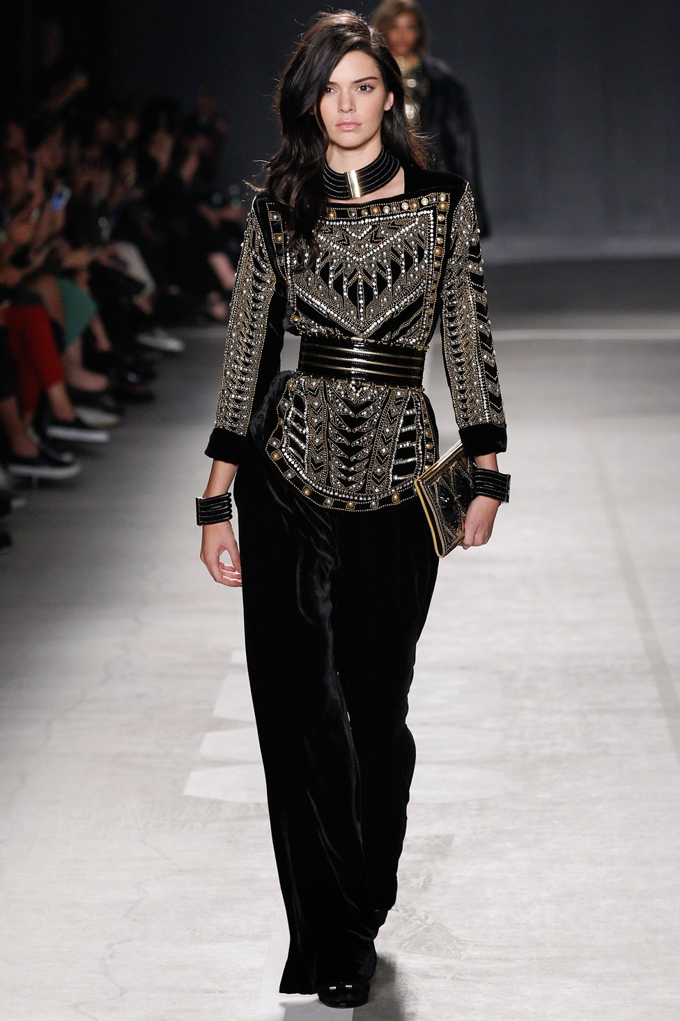 h-and-m-balmain-runway-fall-2016-01.jpg