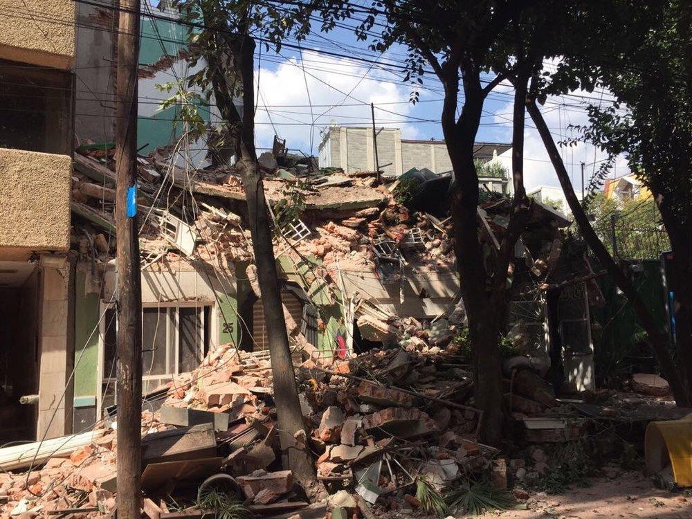 Daño en la Colonia Doctores después del terremoto / Foto por René Delgadillo González