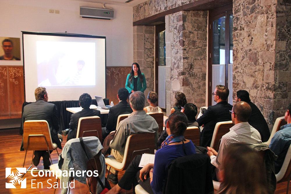 Compañeros en Salud / Partners In Health presenta su proyecto en la Sierra Madre de Chiapas y la fórmula exitosa para el modelo de pasantía de medicina: guía, apoyo y supervisión.