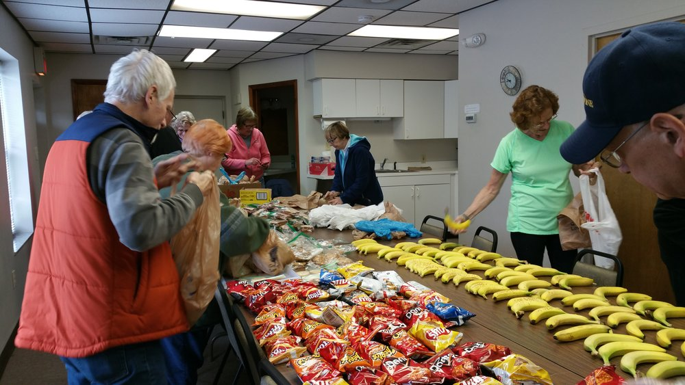 Packing Lunches for the Open Shelter