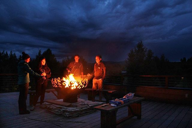 Love these people, love this place. Happy Friday 🔥🔥🔥 . . . #family #fire #friday #fbf #jacksonhole #sky #firepit #longexposure_shots #moodygrams #clouds #photography #ig_photooftheday #instagood #instafollow