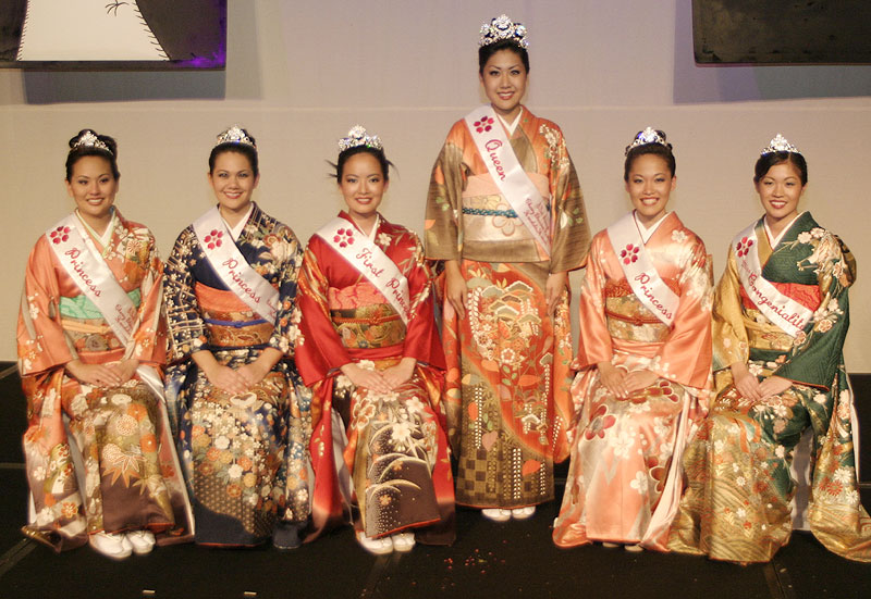 Princess and Miss Popularity Kacie Takushi, Princess Nicole Fujiyama, First Princess Theresa Inefuku, Queen Brooke Hasegawa, Princess Brandi-Lyn Yasuoka and Miss Congeniality Tracyn Wong
