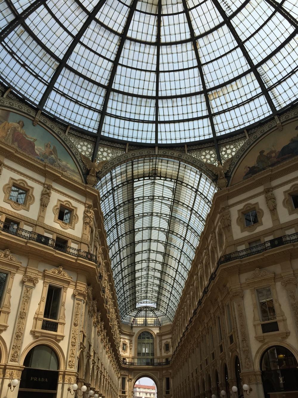 galleria vittorio emanuelle, milan italy
