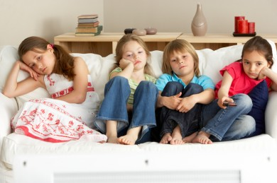 kids-bored-indoors-390x259.jpg