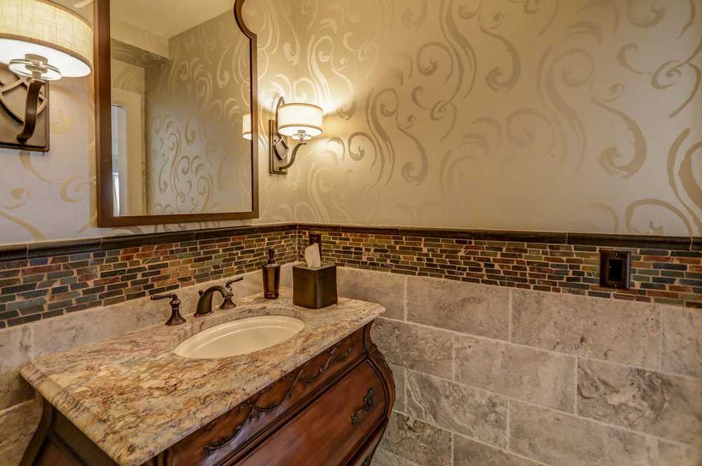 123 W Washington Ave #1007 Madison, WI 53703 - Half bath.jpg