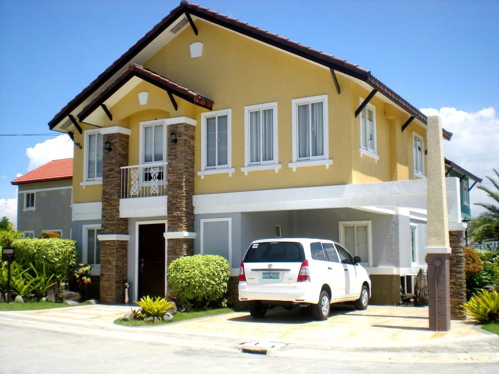 Vivienne-house-model-at-Bellefort-Estates-Cavite.jpg