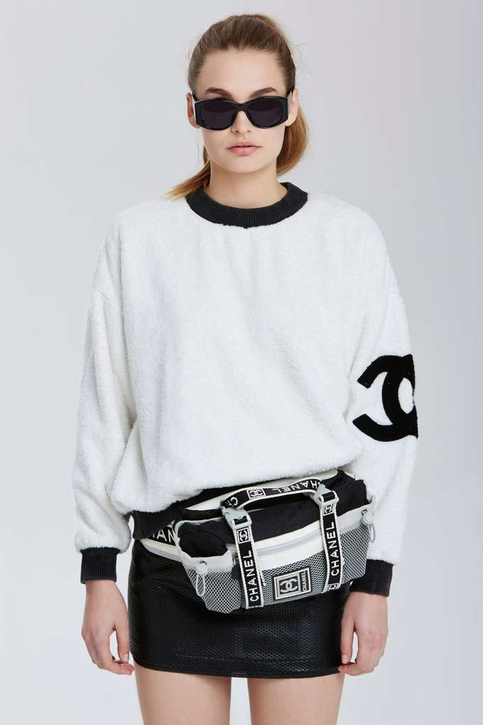 Chanel Fanny Pack... Chic.