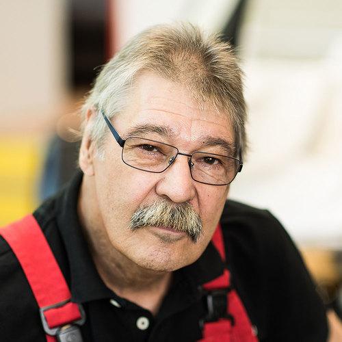 Peter Ehrat, Seniorchef - Spezialist für Oldtimer