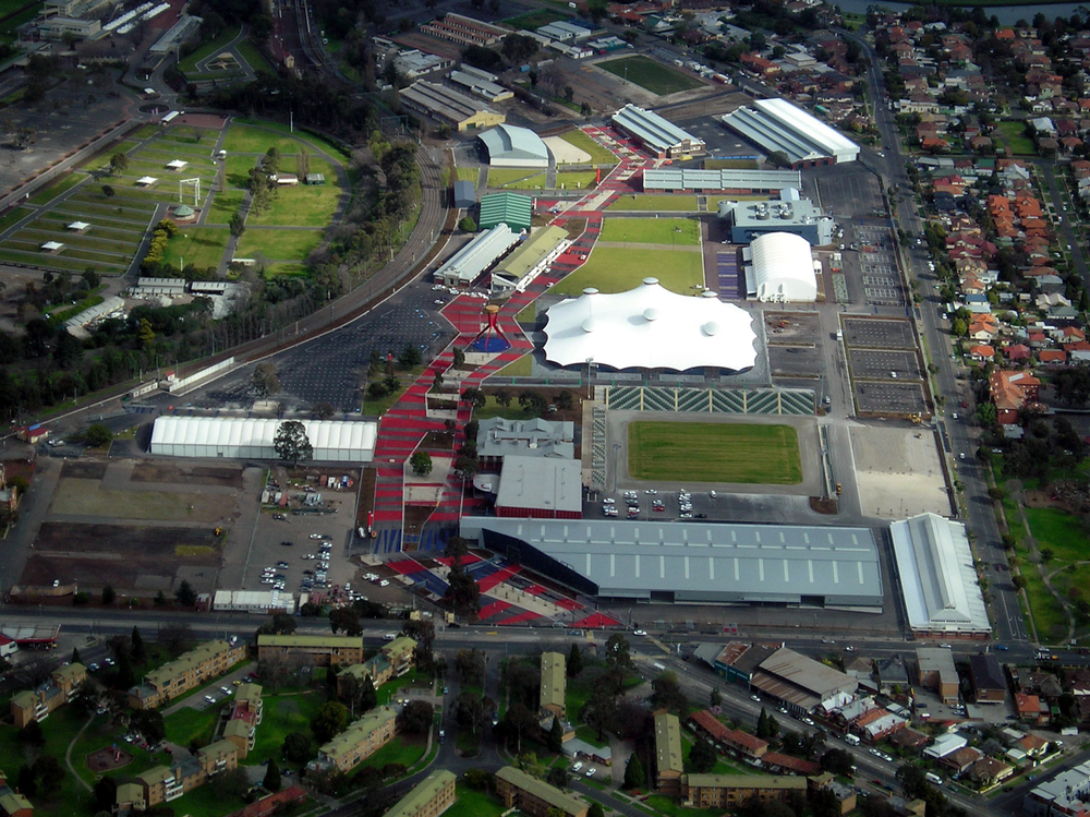 Aerial Photo's 1 Aug 06 Showgrounds b.jpg