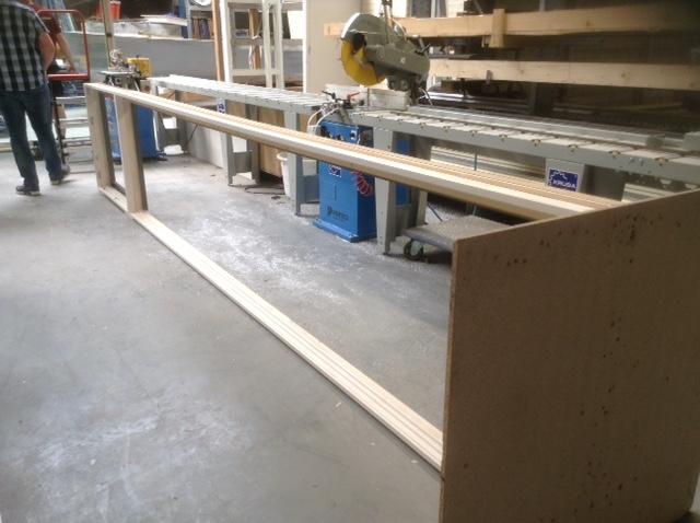 Het bijna 6 meter brede keukenraam in de werkplaats van Houtman Gouda.